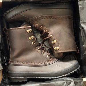 Uggs Yucca Duck boot Used size 8.5